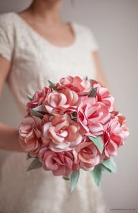 DIY paper roses wedding bouquet
