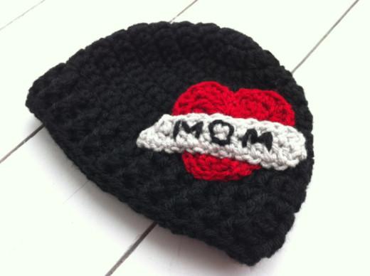 'I Heart Mom' Baby Beanie