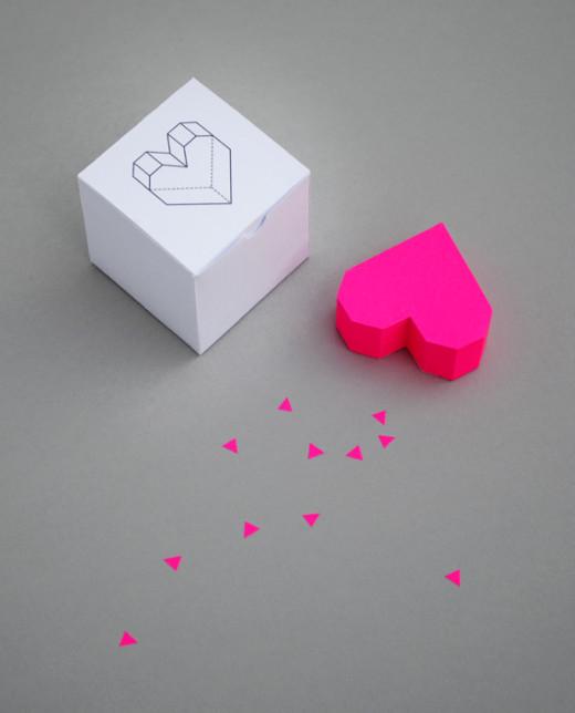 Boxed geometric heart DIY