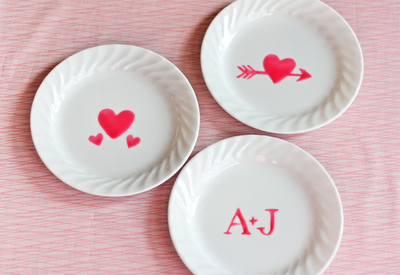 Create Valentine dishes with edible paint | DIY from How About Orange