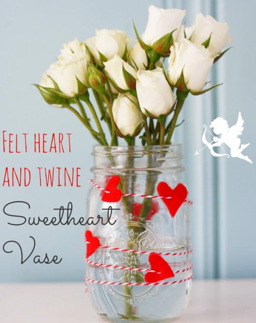 DIY: Felt Heart and Twine Mason Jar Vase   DIY Valentines Day Ideas
