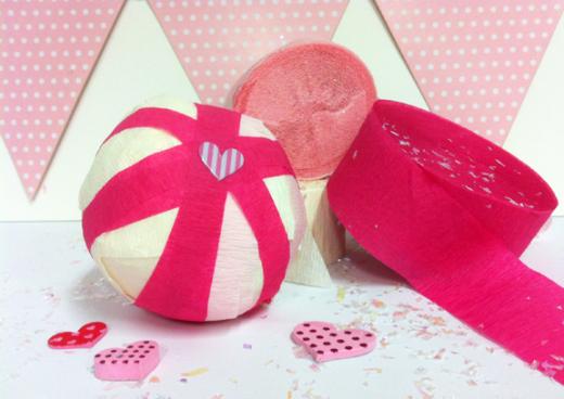 Valentine's Day Surprise Balls! | DIY Valentine Ideas