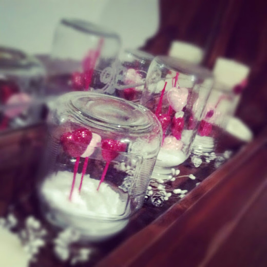 Love Snow Globes | Valentines Day Ideas