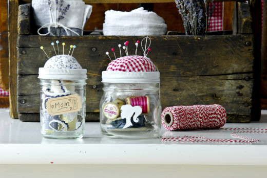 Sewing Kit In A Jar | DIY and crafts