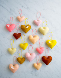 Sweetheart Charms | DIY valentines A Sweetheart Charms Template, available to download for free, printed and cut out.
