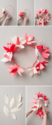 Valentine's paper flower wreath | DIY Valentines Day Ideas  Materials:  – scissors,  – wire cutters,  – wire,  -crepe paper in shades of pinks and whites,  – daffodils, – glue gun