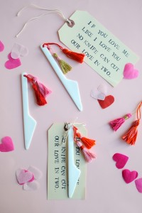 "Valentine's Knife + Tassel DIY  Materials:  – porcelain knives, – embroidery floss,  – scissors,  – 6 ½"" x 3 ¼"" manilla tags, – alphabet stamps, – ink pad"