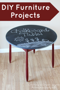 The home for green crafts and tutorials | Chalkboards Table