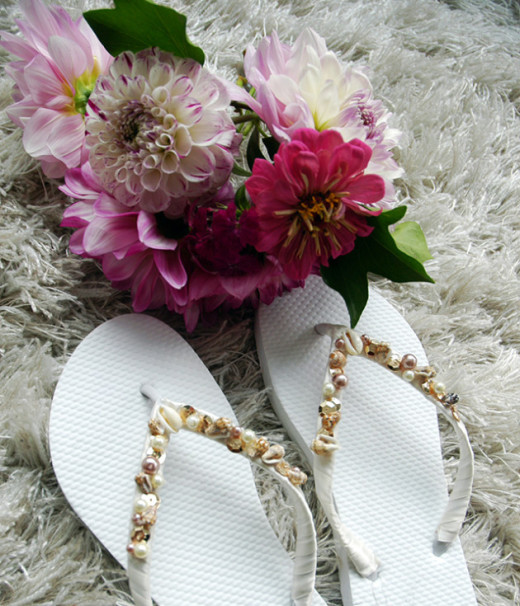 Embellished Flip-Flops – Oh So Very Pretty | A few of our favourite little things