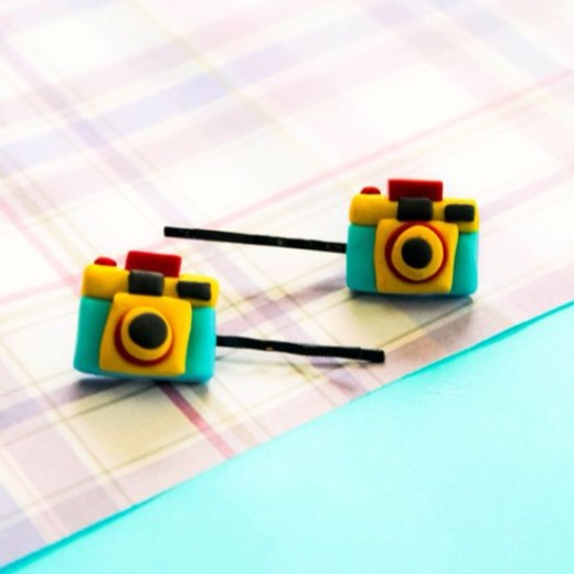 How to Make a Cute Polyclay Camera Hair Clip  | Guidecentral