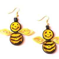 How to Make Adorable Honey Bee Earrings | Guidecentral