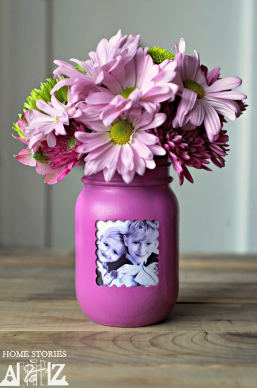 Mason Jar Picture Frame Vase | DIY Mothers Day Gifts