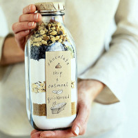 Quick bread in a bottle | DIY Mothers day Gift | Sunset.com