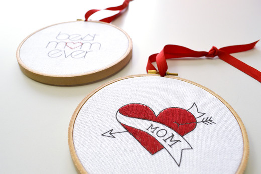 DIY: Mother's Day embroidery | DIY Gifts