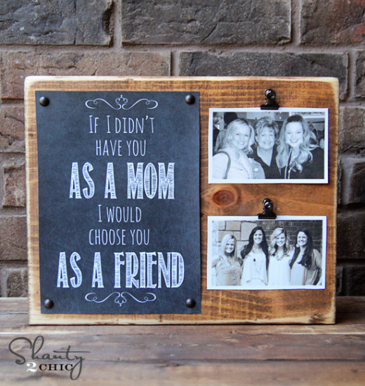 DIY Pine board with photos, Mother's Day Gift