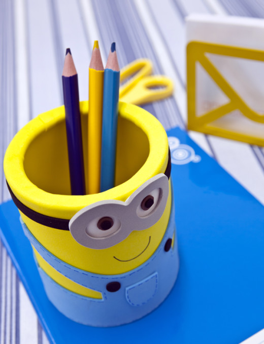 DIY Minion Pencil Holder