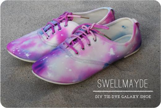 DIY Tie Dye Galaxy Shoe | From swellmayde