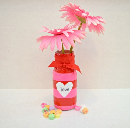 DIY Heart Vase | From One Artsy Mama