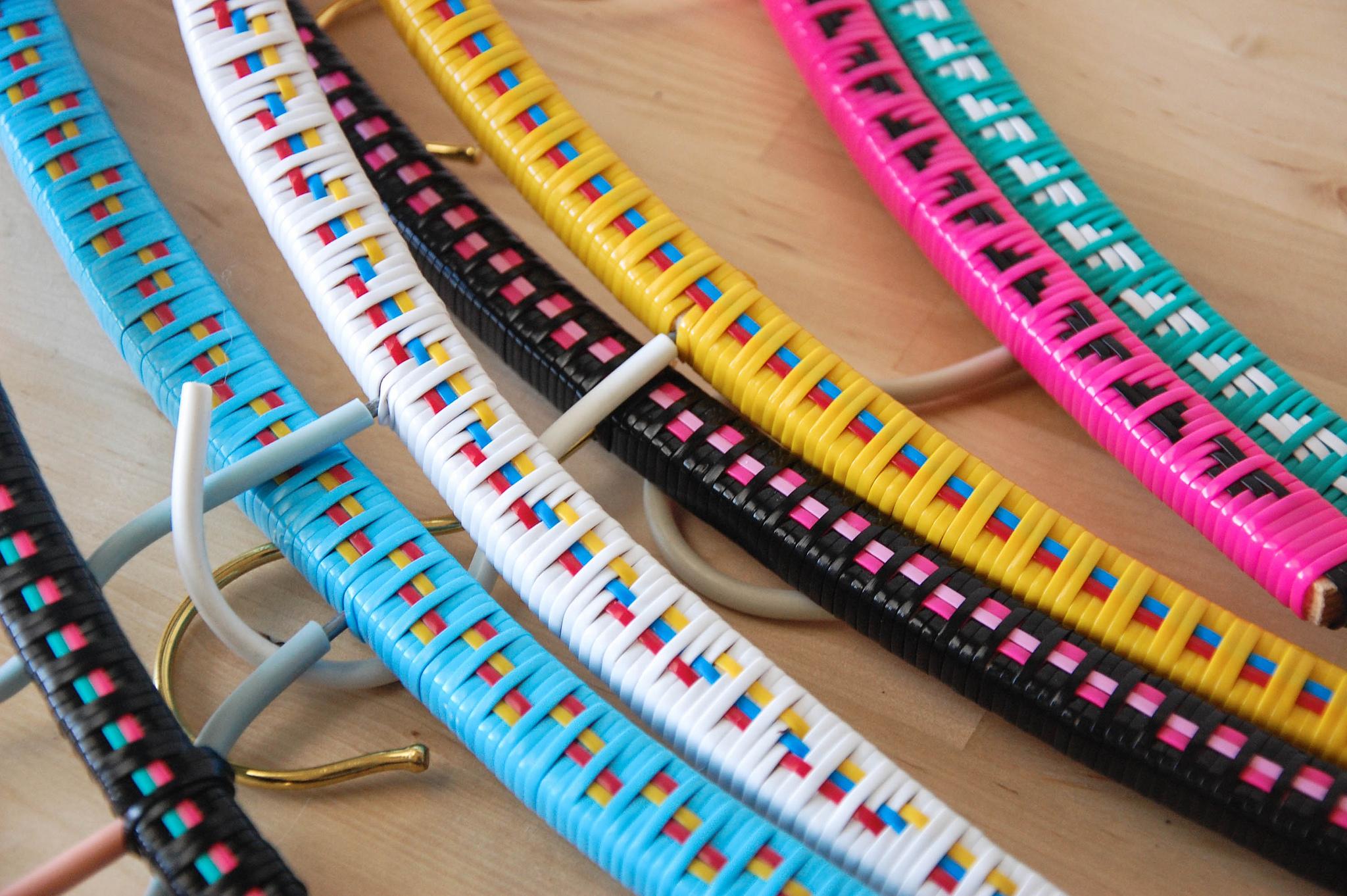 Diy Plastic Lace Woven Clothes Hangers Diy Crafts